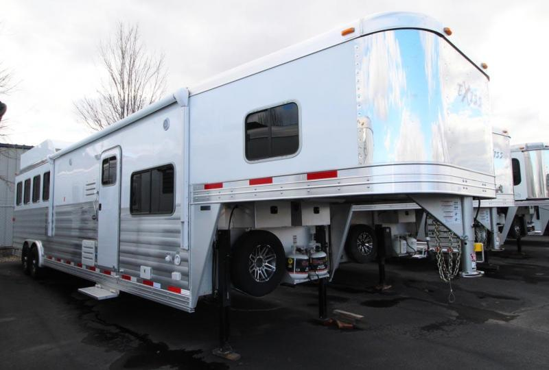 2018 Exiss Trailers Living Quarter Horse Trailer