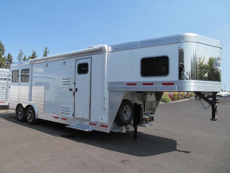 2018 Sierra Horse Trailer Living Quarter