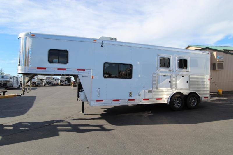 2016 Exiss Trailers Living Quarter Horse Trailer