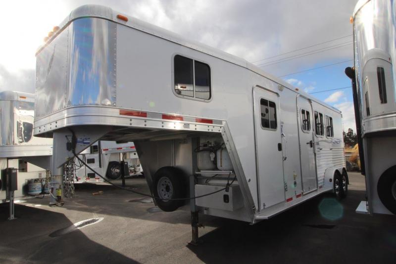 2006 Featherlite Horse Trailer