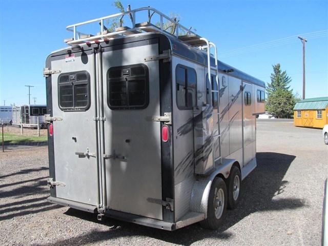 2005 Circle J Cowboy LQ Horse Trailer
