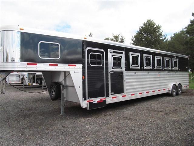 2017 Exiss 7600 -Custom 6 Horse Trailer