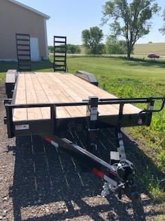 """2020 H and H Trailers 82""""x18+2' Industrial Flatbed Tandem Axles"""