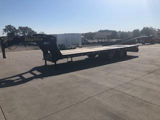 USED 2015 Big Tex Trailers 20'+5' GN Lo Pro Deckover Equipment Trailer