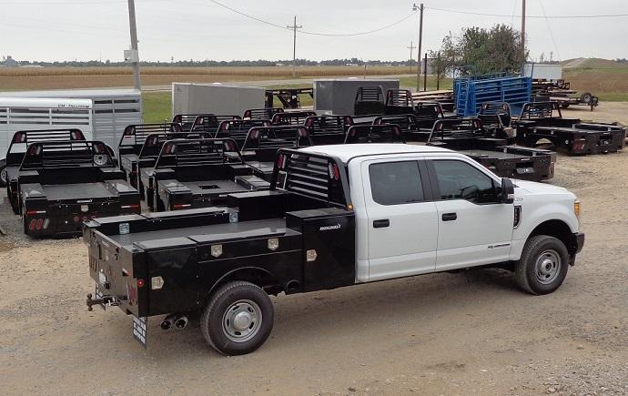 2019 Pronghorn 8700 UTD Truck Bed