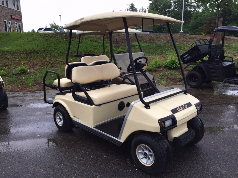 2012 Club Car DS Electric 4 passenger golf cart