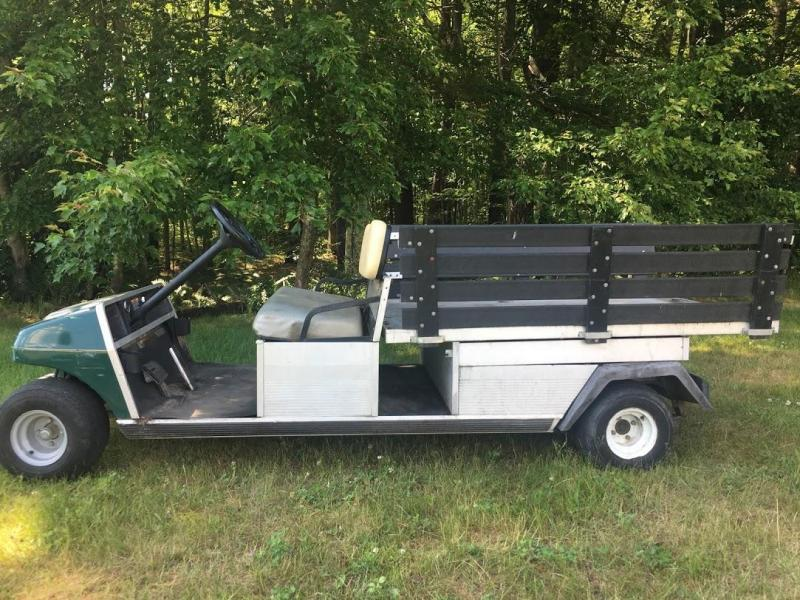 2001 Club Car Carryall/Turf 6 Gas Utility Flatbed DUMP