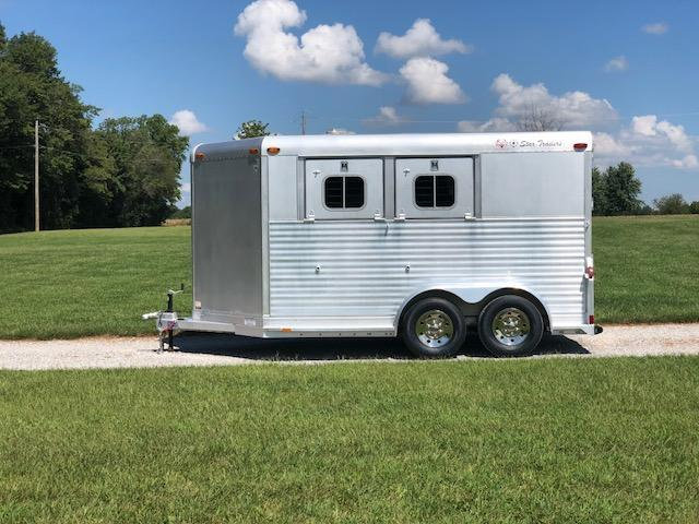 1997 4-Star 2H BP Horse Trailer