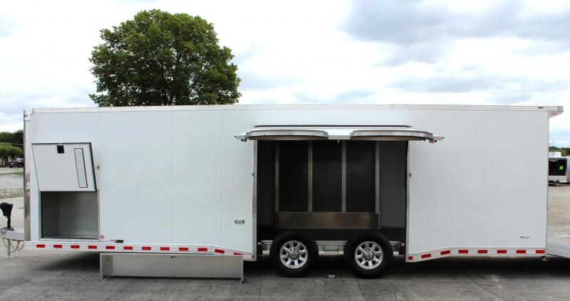 2020 28' All Aluminum with Escape Door w/Removable Wheel Box & Wing
