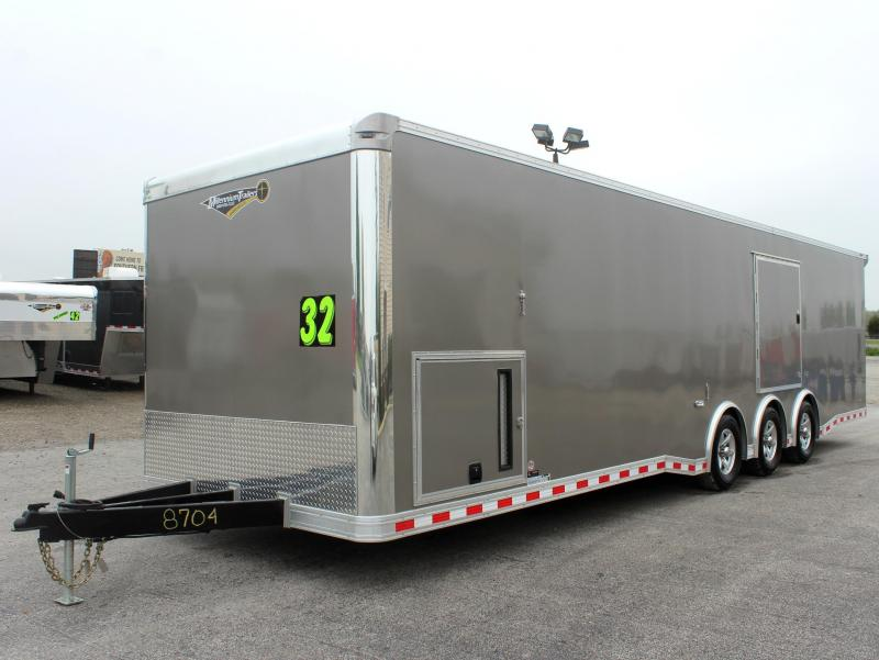 <b>NOW AVAILABLE</b> 2020 32' Millennium Extreme with Red Cabinets/Wing/Escape Door