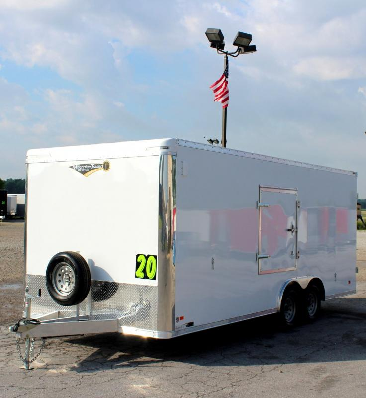 <b>SWEET DEAL! SAVE $4800 OFF MSRP NOW $10199</b> 2019 20' Alum Frame Star Enclosed Trailer Cargo Doors