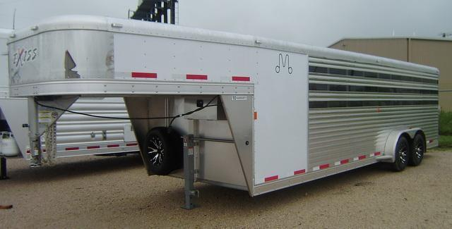 2015 Exiss 24' Low Profile Stock with Pen System Stock Trailer
