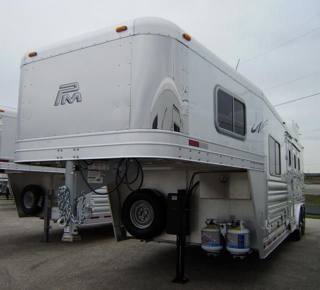 2016 Platinum Coach 3 Horse 8' Short Wall 8' Wide Horse Trailer