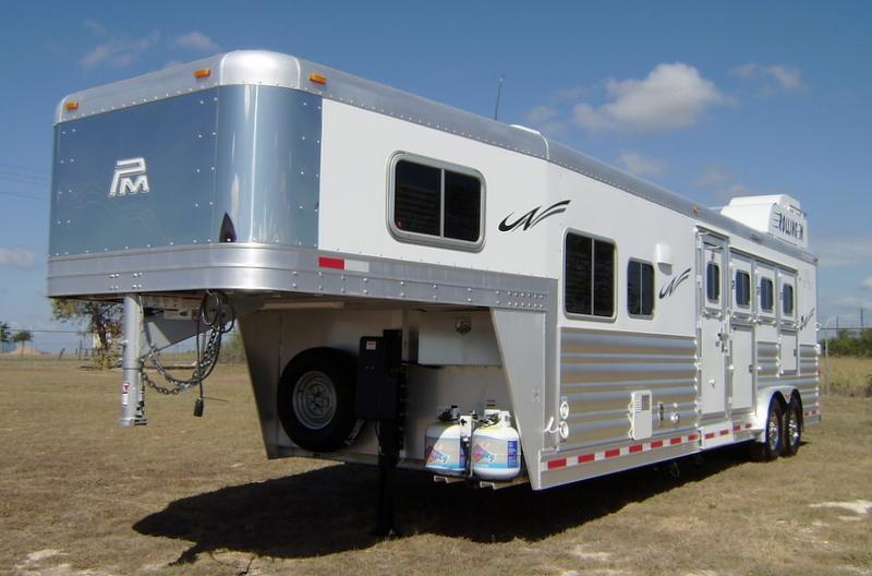 2016 Platinum Coach 4 Horse 10' Short Wall Horse Trailer