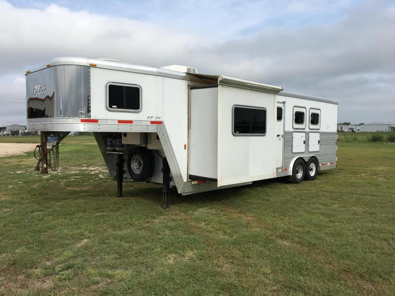 2007 Exiss Trailers 3 Horse 10 LQ with Slide Horse Trailer