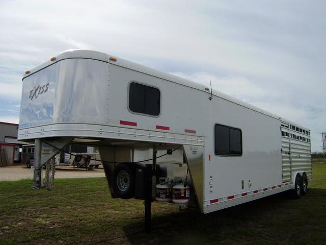 2015 Exiss STC 828 8' Short Wall Stock Combo Trailer