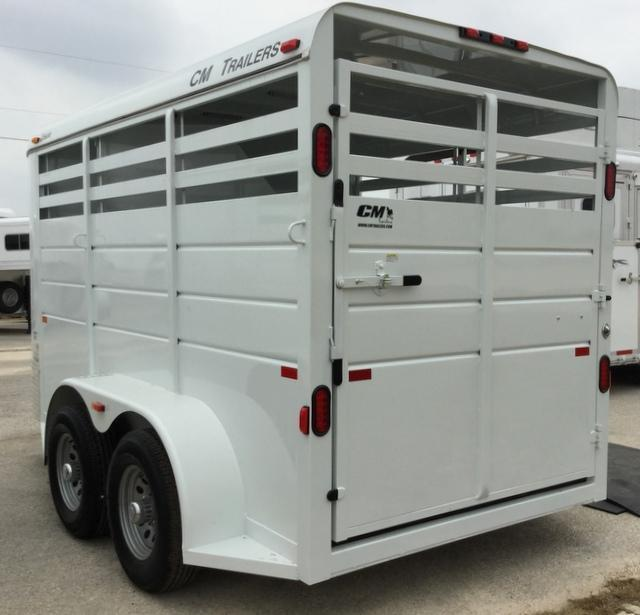 2017 CM DAKOTA 2 HORSE Horse Trailer