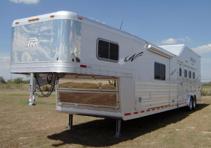 2016 Platinum Coach 4 Horse 15 Short Wall with Integrated Hay Pod and Slide Out Horse Trailer