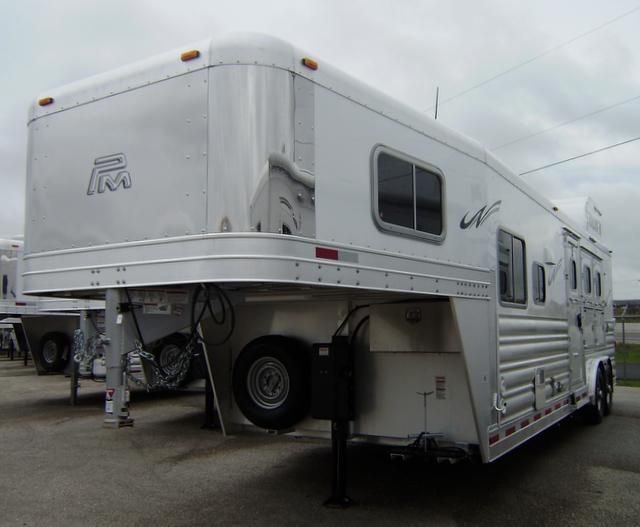 2016 Platinum Coach 3 Horse 10' Short Wall Horse Trailer
