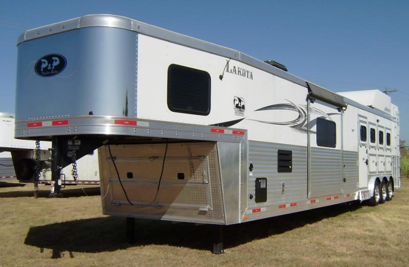 2014 Lakota 4 Horse 16' Short Wall with Double Slide Out Horse Trailer
