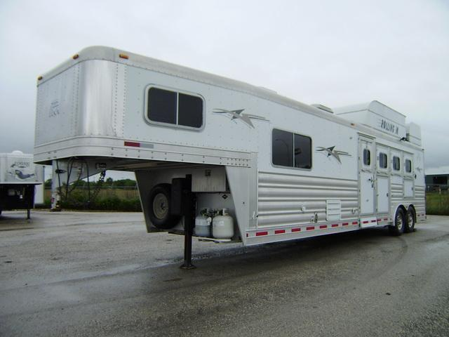2012 Platinum Coach 4 Horse 12' Short Wall Horse Trailer