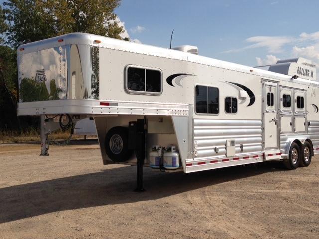 2015 Platinum Coach 3 Horse 10'4