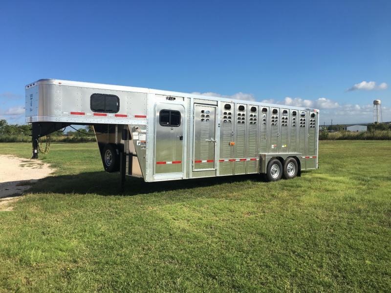2020 Wilson Trailer Company 24 ft Stock Combo Livestock Trailer