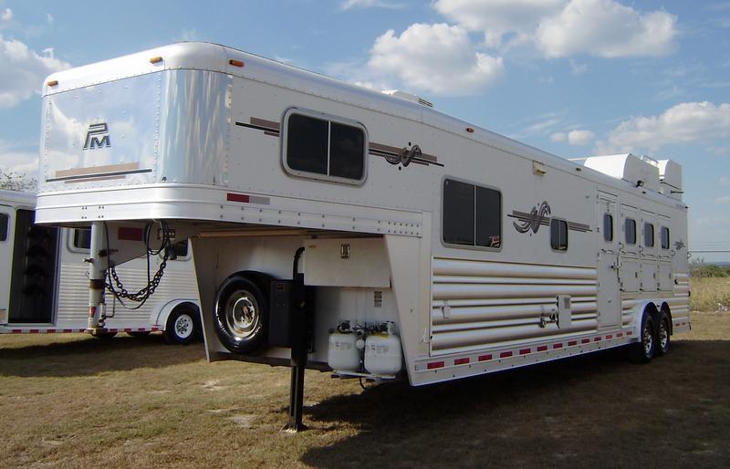 2009 Platinum Coach 4 Horse 14' 6