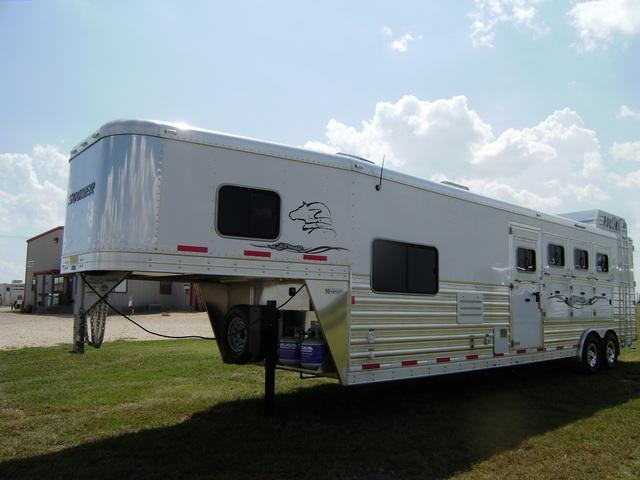 2014 Sooner Trailers 4 Horse 11' Short Wall