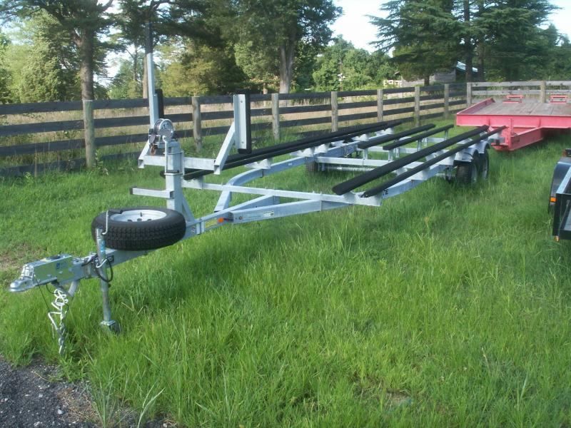 2013 Load Rite pontoon trailer Watercraft Trailer