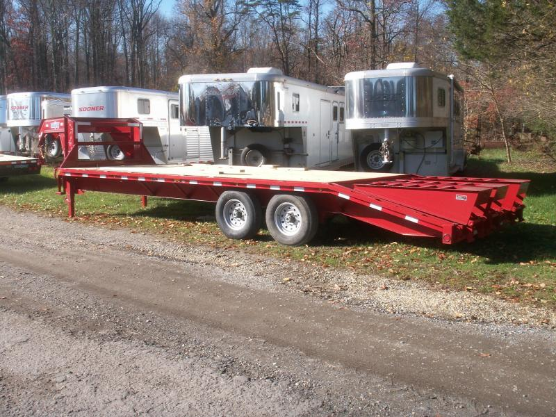 2016 Load Max 25 GN 3-RAMP DOVE TAIL Equipment Trailer