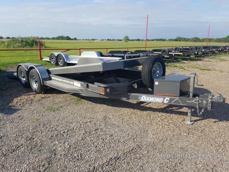 2017 Diamond C Trailers 20
