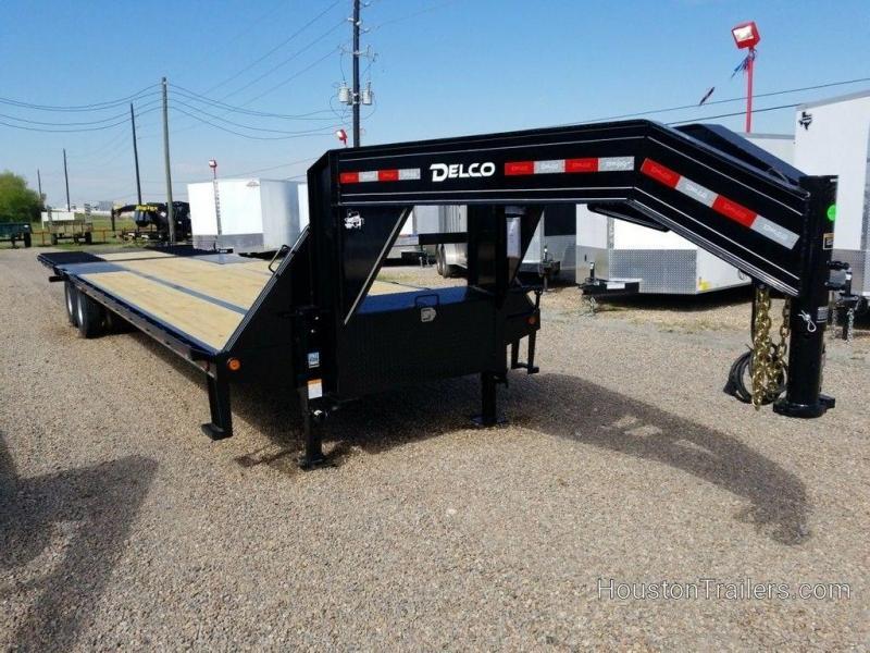 2019 Delco Trailers 34 ft Hydraulic Dovetail Trailer DEL-61