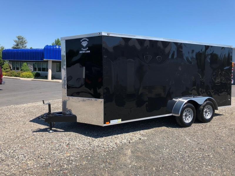 DIAMOND CARGO 2018 7' x 16' BLACK TANDEM AXLE SEMI-SCREWLESS V-NOSE ENCLOSED CARGO TRAILER