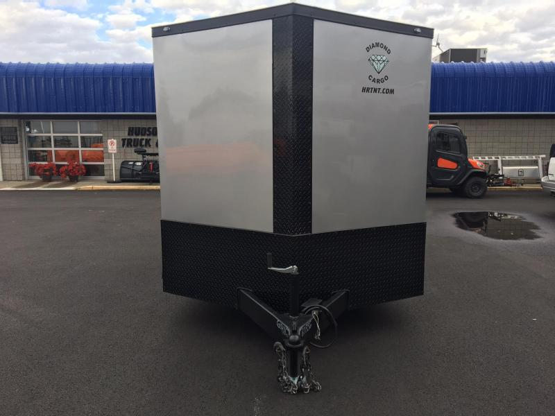 DIAMOND CARGO 2018 7' x 16' TANDEM AXLE V-NOSE CARGO TRAILER SILVER W/BLACK DIAMOND PACKAGE