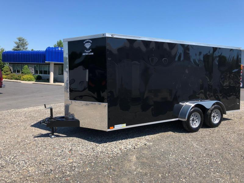 DIAMOND CARGO 2018 7' x 16' BLACK TANDEM AXLE SEMI-SCREWLESS V-NOSE CARGO TRAILER