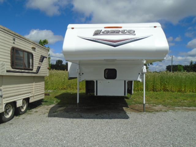 2015 Lance 855S Truck Bed Camper