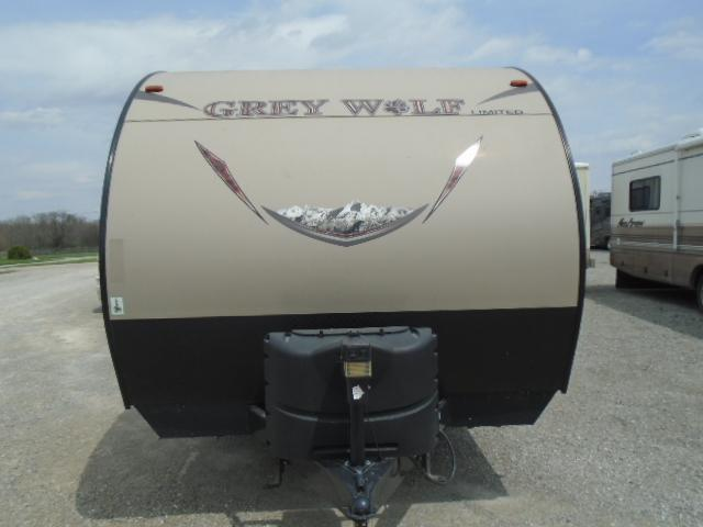 2017 Cherokee Trailers GREY WOLF Travel Trailer