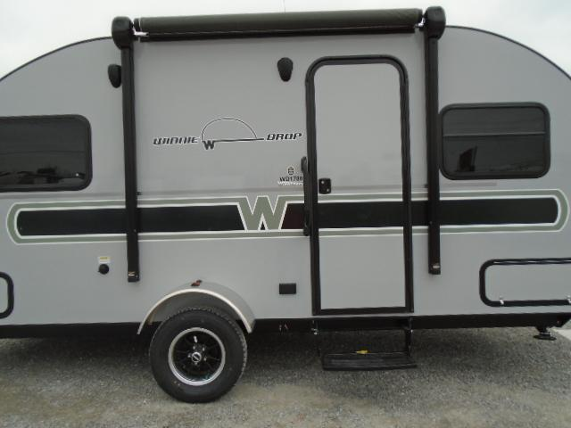 2017 Winnebago WINNIE MINNIE DROP Travel Trailer WD1780