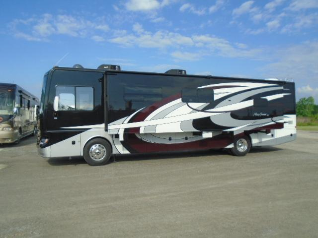 2019 Fleetwood RV PACE ARROW 38K Class A RV
