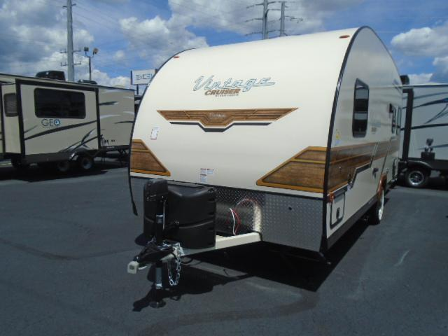 2019 Gulfstream VINTAGE CRUISER 19ERD Travel Trailer