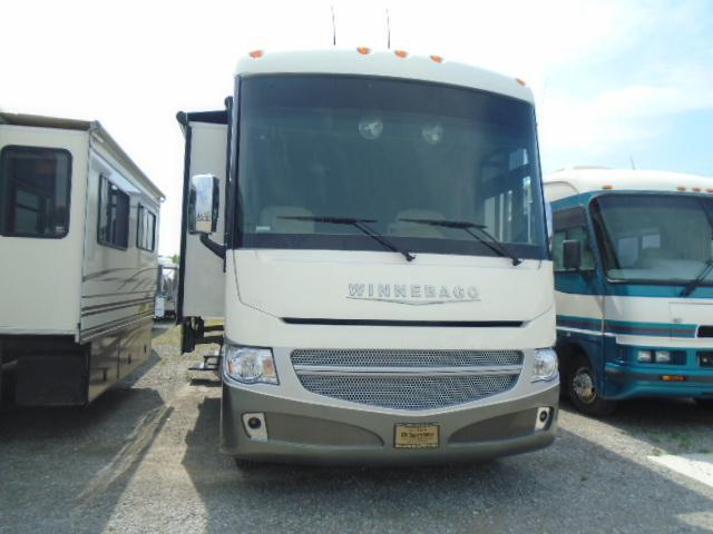 2013 Winnebago ADVENTURER 37F Class A RV