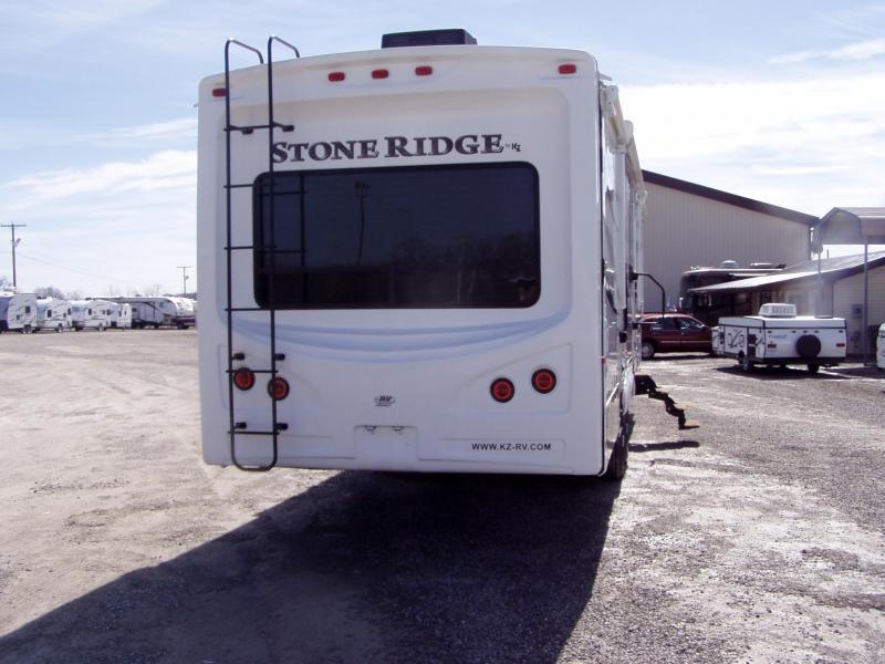 2013 Keystone RV RIDGE 38FL Camping / RV Trailer