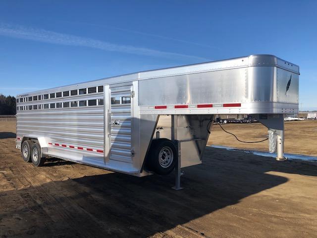 2019 Featherlite 8127 24' Livestock Trailer