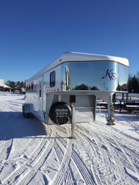 2005 Kiefer Built TRL Horse Trailer