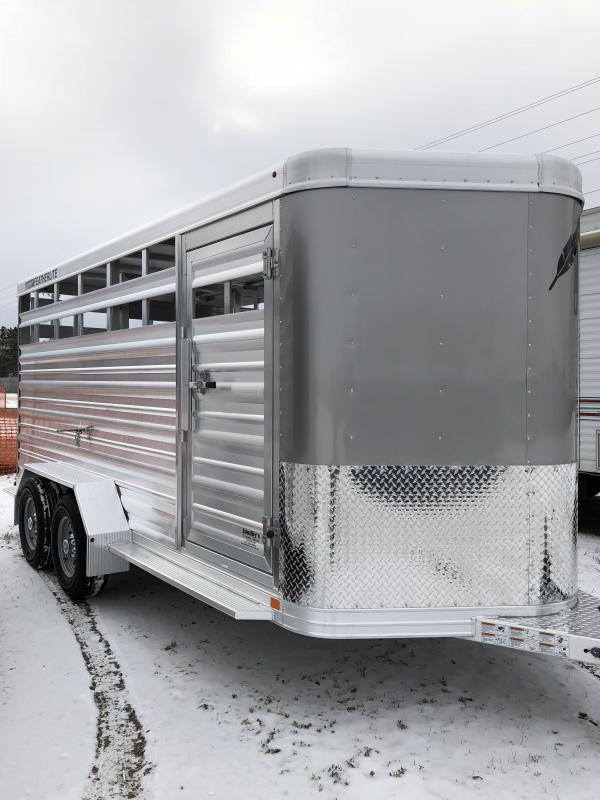 2018 Featherlite 8107 16' Stock Trailer