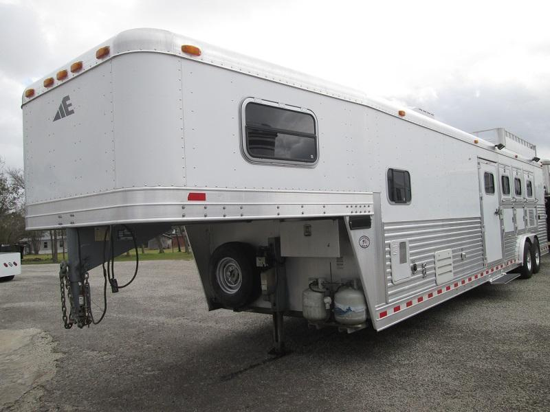 2004 Elite Trailers 4H - AWESOME LQ - Horse Trailer