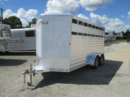 2015 Exiss 3H BP Horse Trailer