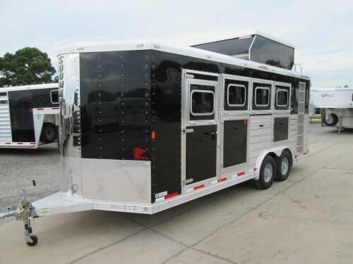 2015 Sooner Trailers SHARP LOOKING W/LOTS OF FEATURES Horse Trailer