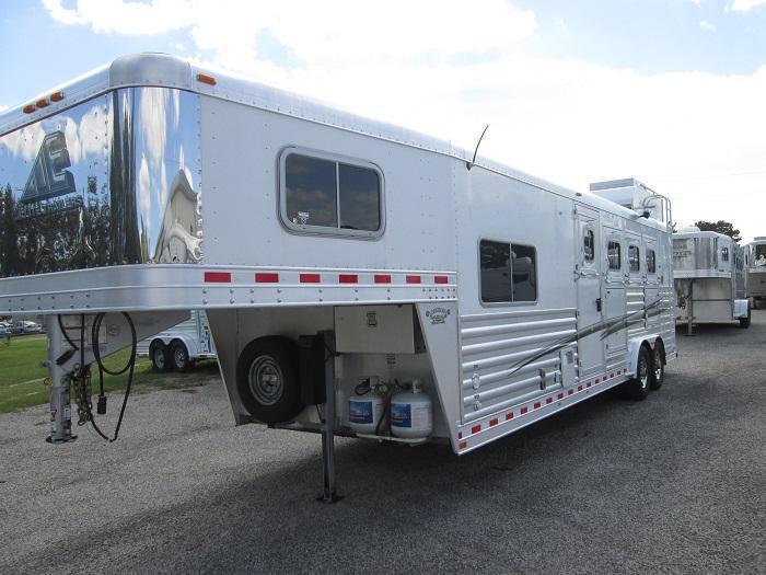 2014 Elite Trailers 4H LQ Horse Trailer